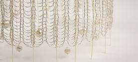 Dettaglio di Trasparenza, Agorà 2012-miniartextil Como, Premio Arte&Arte. Filo argentato, fili di carta e perle. 16x16x20cm © lauramengani